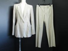 wb(ダブリュービー)のレディースパンツスーツ