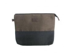 Creed(クリード)のセカンドバッグ