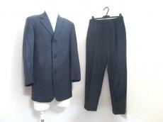 DONNAKARAN SIGNATURE(ダナキャランシグネチャー)のメンズスーツ