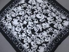 ICEBERG(アイスバーグ)のスカーフ