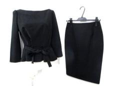 GrandTable(グランターブル)のスカートスーツ