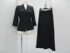 COMMECAISM(コムサイズム)のスカートスーツ