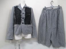 BLACKCOMMEdesGARCONS(ブラックコムデギャルソン)のレディースパンツスーツ