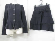 irise(イリゼ)のスカートスーツ
