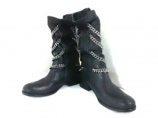 THOMAS WYLDE(トーマスワイルド)のブーツ