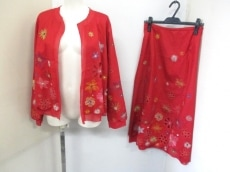 TOKUKO1erVOL(トクコ・プルミエヴォル)のスカートスーツ