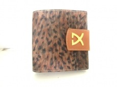 LEONARD(レオナール)の2つ折り財布