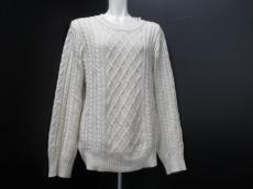 1piu1uguale3(ウノ ピュ ウノ ウグァーレ トレ)のセーター