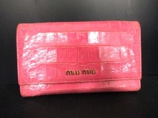 miumiu(ミュウミュウ)の3つ折り財布