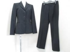 BUONAGIORNATA(ボナジョルナータ)のレディースパンツスーツ