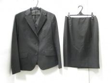 Berwick(バーウィック)のスカートスーツ
