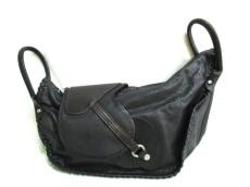 ISAMUKATAYAMA BACKLASH(イサムカタヤマ バックラッシュ)のハンドバッグ