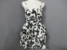 LilyBrown(リリーブラウン)のドレス