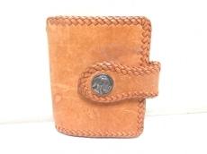 SAAD(サード)の2つ折り財布