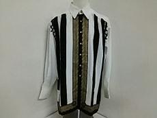 LUNAMATTINO(ルナマティーノ)のシャツ