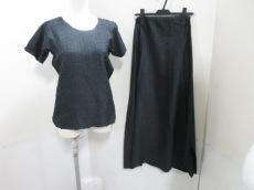 ISSEYMIYAKE(イッセイミヤケ)のスカートセットアップ
