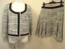 N゜21(ヌメロ ヴェントゥーノ)/スカートスーツ
