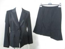 synchro crossings(シンクロクロシング)のスカートスーツ