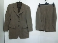 Cantarelli(カンタレリ)のスカートスーツ