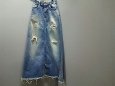 ISAMUKATAYAMA BACKLASH(イサムカタヤマ バックラッシュ)のスカート