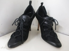 MANOLO BLAHNIK(マノロブラニク)のブーツ