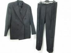 CesareAttolini(チェサレアットリーニ)のレディースパンツスーツ