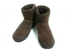 UGG CHICEMPIRE(アグ チックエンパイア)のブーツ