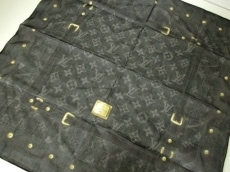 LOUIS VUITTON(ルイヴィトン)/ハンカチ