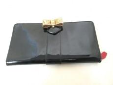 CHRISTIAN LOUBOUTIN(クリスチャンルブタン)の長財布