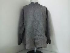 ISSEYMIYAKE(イッセイミヤケ)のシャツ