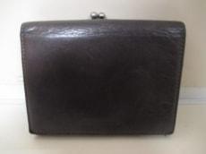 miumiu(ミュウミュウ)の2つ折り財布