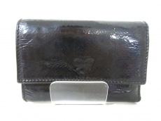 AnyaHindmarch(アニヤハインドマーチ)のWホック財布