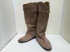 Prala Praca(プララプラカ)のブーツ