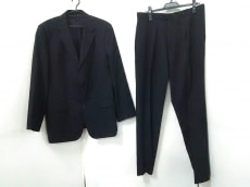 COMMECADUMODE(コムサデモード)のメンズスーツ