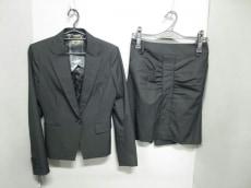 KariAng(カリアング)のスカートスーツ