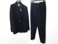 DONNAKARAN SIGNATURE(ダナキャランシグネチャー)のレディースパンツスーツ