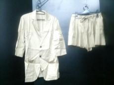LoisCRAYON(ロイスクレヨン)のレディースパンツスーツ