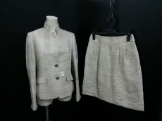 TRUTRUSSARDI(トゥルートラサルディ)のスカートスーツ
