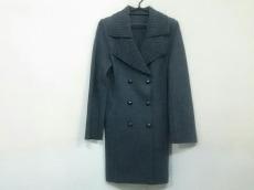 TRUTRUSSARDI(トゥルートラサルディ)のコート