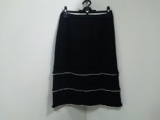 SUPERBEAUTY(スーパービューティー)のスカート