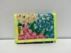 fafa(フェフェ)の3つ折り財布
