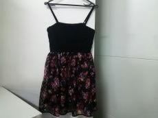 Lois CRAYON(ロイスクレヨン)のドレス