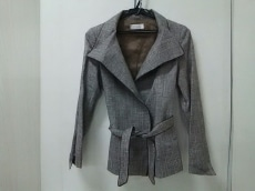 petitpoudre(プチプードル)のスカートスーツ