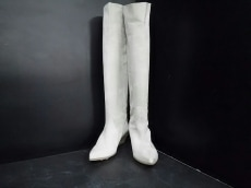NandoMuzi(ナンドムジ)のブーツ