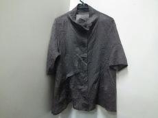 慈雨(ジウ/センソユニコ)のシャツブラウス