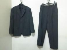 imMIYAKEDESIGNSTUDIO(イッセイミヤケデザインスタジオ)のメンズスーツ