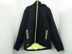 UNDER ARMOUR(アンダーアーマー)のダウンジャケット