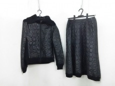 +RICOHIROKOBIS(リコヒロコビス)のスカートセットアップ