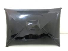 AnyaHindmarch(アニヤハインドマーチ)のクラッチバッグ