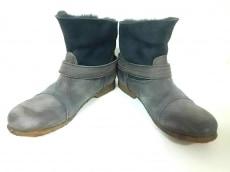 SECCHIARI MICHELE(セッキアーリ・ミケーレ)のブーツ